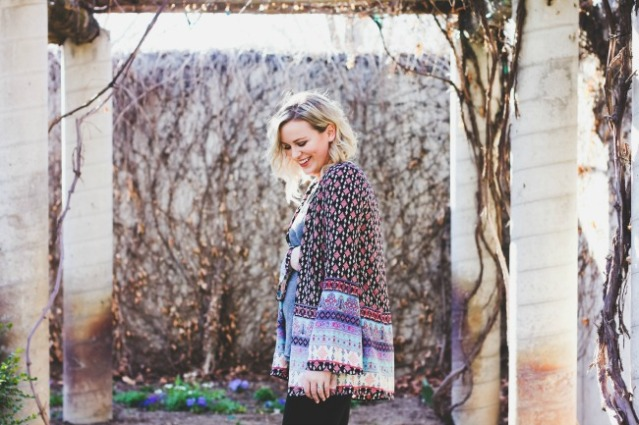 Pink Blush Maternity Kimono Top Alycia Crowley Party Fashion Beauty Blogger 5